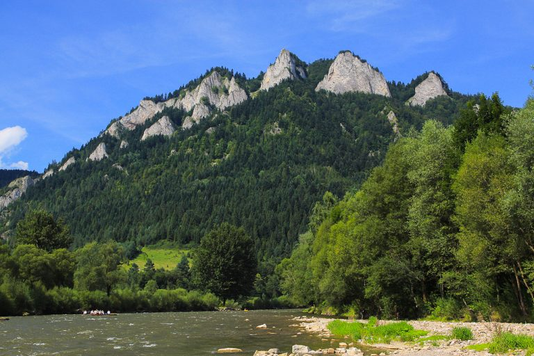 Raft trip along the Dunajec River